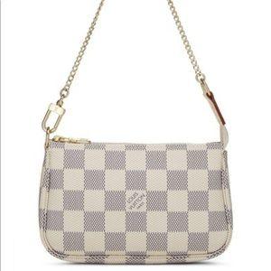 Authentic Louis Vuitton NEW pochette accessories